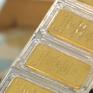 Giá vàng tiếp tục tăng theo đà tăng của thế giới
