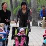 Trung Quốc: Nhiều cặp vợ chồng ngại sinh con thứ hai vì gánh nặng tài chính
