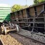 Tàu trật bánh, đường sắt Bắc - Nam ách tắc