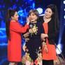 Ký ức vui vẻ: Nghệ sĩ Hồng Nga khóc nấc ngày tái ngộ khán giả