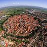 Thị trấn được dát bằng 72.000 tấn kim cương