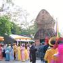 Hàng nghìn người tham dự Lễ hội Tháp Bà Ponagar 2019