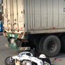 Bình Dương: Tông đuôi xe container, một nam thanh niên tử vong