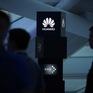 """Mỹ tạm nới """"vòng kim cô"""" lên Huawei trong 3 tháng"""