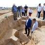 Phát hiện hài cốt 2.500 tuổi chôn cùng trang sức vàng và đầu ngựa