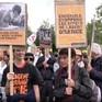 Diễu hành phản đối Tập đoàn Monsanto-Bayer sản xuất chất độc da cam