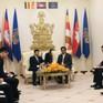 """Tháo gỡ khó khăn trong vấn đề giấy tờ """"bất bình thường"""" của người gốc Việt ở Biển Hồ"""