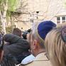 Đức cảnh báo người Do Thái không đội mũ Kippah