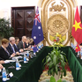 Phó Thủ tướng Phạm Bình Minh hội đàm với Bộ trưởng Bộ Ngoại giao Australia