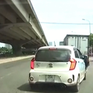 Nhập làn thiếu quan sát, ô tô con đâm vào đuôi xe tải
