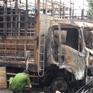 Đồng Nai: 2 xe ô tô tải bị lửa thiêu rụi