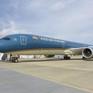 Máy bay Boeing 787-10 Dreamliner đầu tiên của Vietnam Airlines đã cất cánh về Việt Nam