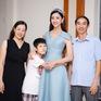 Hoa hậu Lương Thùy Linh hạnh phúc bên gia đình khi trở về Cao Bằng