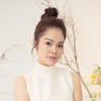 Dương Cẩm Lynh trẻ trung với đầm trắng kiêu sa