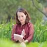 Tiến sĩ, nhà thơ Trương Mỹ Nhân: Niềm vui của tôi là được viết