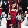 Diện trang phục lạ mắt làm vedette, Hoa hậu Lương Thùy Linh gây bất ngờ với thần thái đỉnh cao