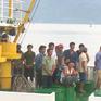 Đưa 46 ngư dân bị nạn ở quần đảo Trường Sa vào bờ an toàn