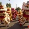 Múa rồng quanh hồ Hoàn Kiếm kỷ niệm 65 năm Ngày Giải phóng Thủ đô