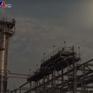 Giá dầu châu Á rơi xuống mức thấp nhất trong hơn 1 năm