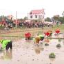 Người dân nô nức lễ hội xuống đồng xây dựng nông thôn mới