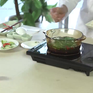 Canh hẹ nấu tiết heo bổ dưỡng mà dễ làm