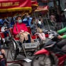 """HSBC: Việt Nam vẫn đang lặng lẽ """"phi những bước kiệu"""""""