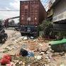 Container mất lái đâm vào 5 cửa hàng, nhiều người thoát chết