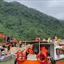Gian nan vận chuyển tiếp tế trên tuyến đường thủy vào thủy điện Rào Trăng 3