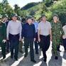 Phó Thủ tướng Trịnh Đình Dũng: Thông đường sớm nhất đến nơi sạt lở để cứu đồng bào
