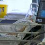 Áp lực bất tận tại các phòng chăm sóc đặc biệt ở Anh giữa dịch COVID-19