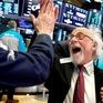 Dow Jones vượt mốc hơn 30.000 điểm lần đầu tiên trong lịch sử