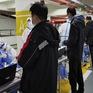 Thượng Hải hoãn hơn 500 chuyến bay phòng ngừa COVID-19