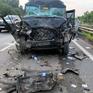 Một người tử vong trong vụ tai nạn xe limousine tông container