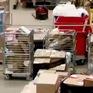 Ngành bưu điện Bỉ tất bật với lượng đơn hàng kỷ lục