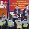 Trưởng Ban Dân vận thăm, tặng quà học sinh dân tộc tỉnh Kon Tum