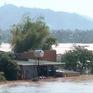 Hàng chục ngôi nhà ở Đắk Lắk ngập trong biển nước