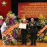 Trao Huy hiệu 80 năm tuổi Đảng cho Đại tướng Nguyễn Quyết