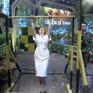 """Lan Phương mặc đầm vẫn tự tin thi lên xà ở """"Chiến sĩ 2020"""""""