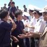 Đưa 33 ngư dân gặp nạn ở Trường Sa vào bờ an toàn