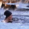 Liệu pháp giảm đau bằng nước lạnh tại Iceland