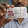 Nhiều nước cho phép sử dụng thuốc sốt rét điều trị COVID-19, bất chấp lệnh của WHO