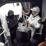 SpaceX hoãn phóng tàu có người lái lên ISS vào phút chót
