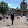 Pháp: Vứt khẩu trang bừa bãi, phạt 300 Euro