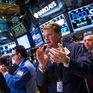 Phố Wall bùng nổ: Dow Jones tăng hơn 800 điểm, Nasdaq lập kỷ lục