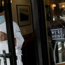 Thị trường việc làm Mỹ bất ngờ hồi phục mạnh mẽ