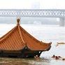 Lũ lụt lịch sử, nước ngập đến nóc nhà ở miền Đông, Trung Quốc