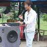 Cấm tuyệt đối hát karaoke bằng loa kéo: Nên hay không?