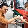Tạ Đình Phong bị cư dân mạng phản đối vì không đeo khẩu trang khi đi tour Vũ Hán