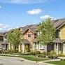 Bất chấp dịch bệnh COVID-19, doanh số bán nhà ngoại ô tại Mỹ tăng vọt