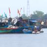 Bình Định còn 46 tàu đang di chuyển ra khỏi khu vực nguy hiểm